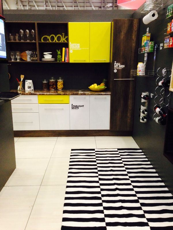 Add a pop of bright colour to a drawer front and cupboard door to transform your kitchen into a quirky vibrant space. @Nicky Day.net