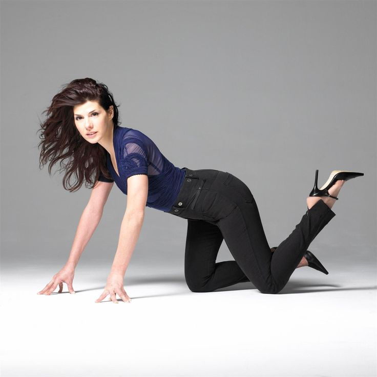 https://onlyinhighheels.files.wordpress.com/2008/07/marisa_tomei.jpg