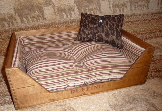 Classic wine crate pet bedFREE SHIPPING by pberry39 on Etsy, $175.00