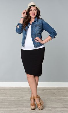 Be cool and comfortable with our plus size Aly Asymmetrical Skirt. This plus size pull-on skirt is made of a soft jersey material with a trendy asymmetrical hem. We also included a power mesh lining on the waist for a little control. #KiyonnaPlusYou #Plussize #Kiyonna
