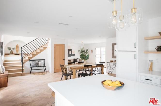 3725 Cimarron St Los Angeles Ca 90018 3 Beds 2 Baths White Oak Floors Custom Kitchens Cimarron