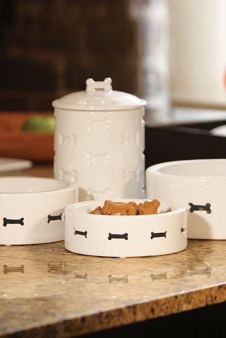 Classically stylish, the Bone Appetit Pet Bowl by Unleashed Life compliments any decor while providing your pet with a place to eat.: Unleashed Life, Bone Appetite, Dog Bowls, Bones, Pet Bowls, Pets, Appetit Pet, Cute Dogs
