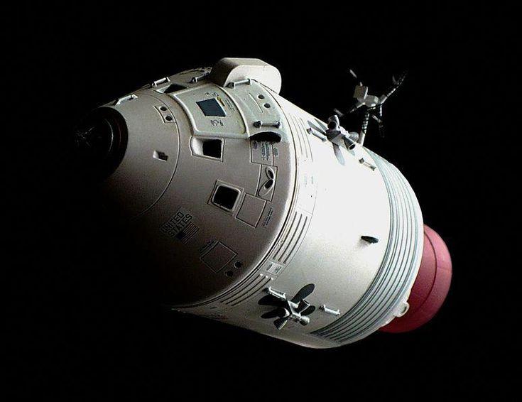 dragon spacecraft models - 735×566