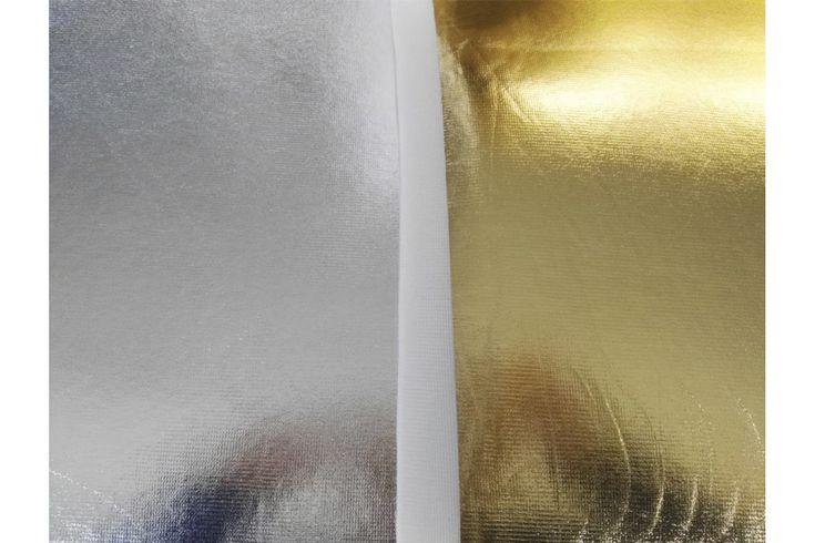 Lamé de carnaval foamizado, es decir, con una base de espuma. Tejido rígido que permite crear diversas estructuras. Fácil de coser y recortar sin que se deshilache. Disponible en plata y dorado. Ideal para disfraces con una consistencia más rígida.#telas #textil #foam #lamé #espuma #oro #plata #rígido #carnaval #disfraces #decoración #manualidades #bolsas #tejido #tejidos #tela #textil #telasseñora #telasniños #comprar #online