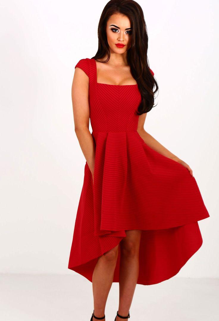 Sukienka czerwona asymetryczna rozkloszowana