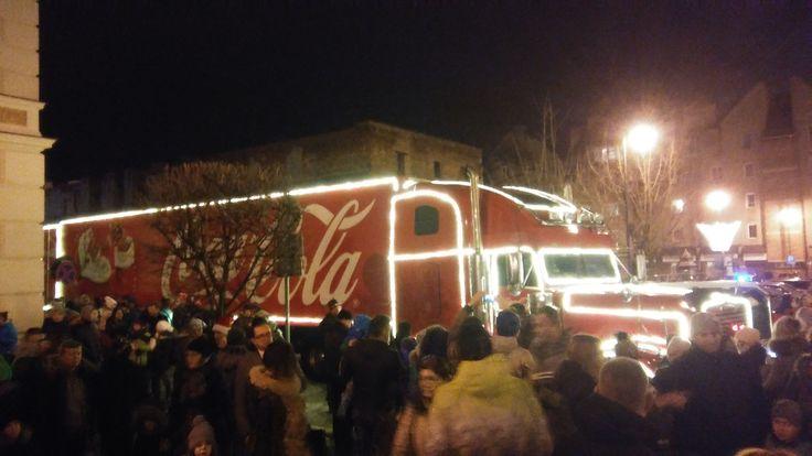 Świąteczna ciężarówka Coca-Coli w Głogowie. | Głogów (Lower Silesia Voivodeship), Poland
