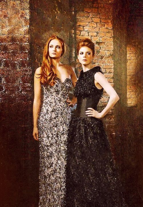 Sophie Turner and Rose Leslie realizing that they are the most beautiful gingers in the world
