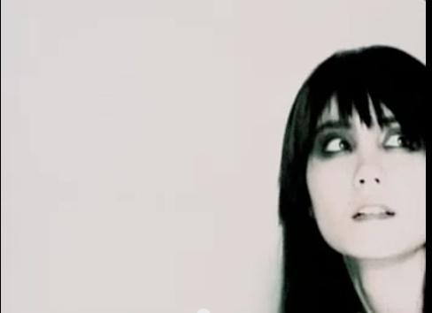 Faye Wong's asymmetrical fringe (6/6).