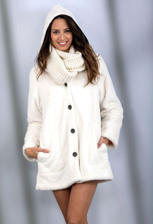 Bata de la colección de Invierno 2014-2015 de la marca Massana. Precio 54,20€. Visítanos en www.elvisdona.com