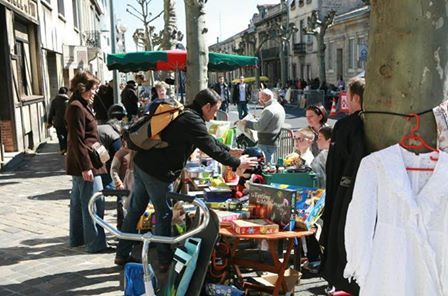 Not to be missed! 16th annual 'vide-grenier' sale; the French call it - emptying the attic; in England - car boot sale, or rummage sale.
