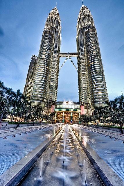 Petronas Towers @ Kuala Lumpur, Malaysia