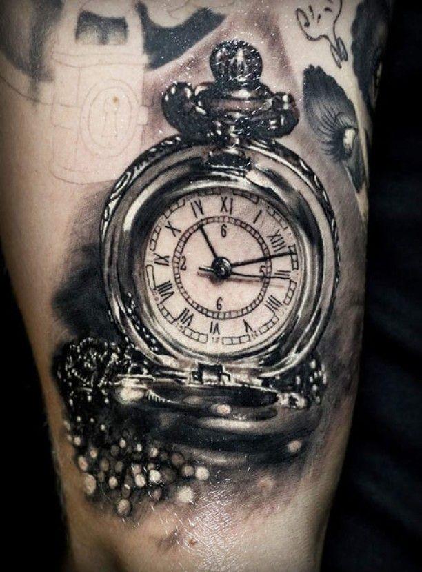 Alte Uhr 3D Bein Tattoo                                                                                                                                                     Mehr
