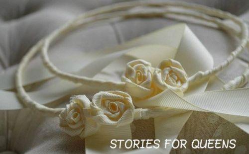 Χειροποίητα στεφάνια γάμου στολισμένα με γκρο κορδέλα και χειροποίητα λουλουδάκια.  http://handmadecollectionqueens.com/χειροποιητο-νυφικο-στεφανι-γαμου  #handmade   #fashion   #bride   #wedding   #accessories   #wreath