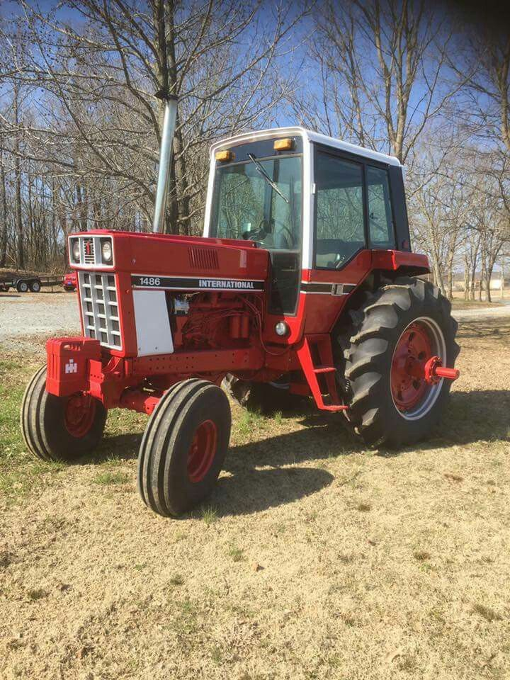 1086 Ih Plowing : Best images about farmall ih on pinterest john