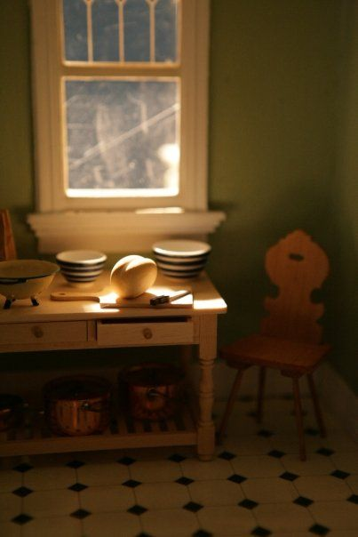 Architecture Of Tiny Distinction: Beacon Hill Dollhouse