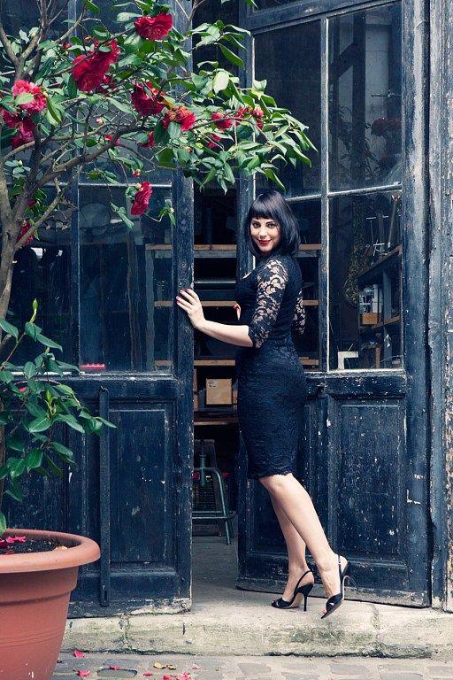 Photographer: Carla Coulson, Model: Miss Pirisi, Location: Paris atelier 6eme