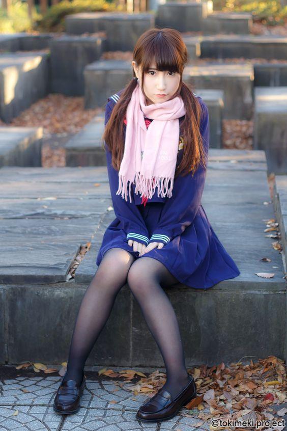 セーラー服は1920年に日本で着られるようになった。 その形状は今でも大きく変わることなく日本で愛され続けられている。 100年間続く制服の魅力、ときめきを、tokimeki projectで再発見する。 | 000制服 | Pinterest | Japanese, Asian and School
