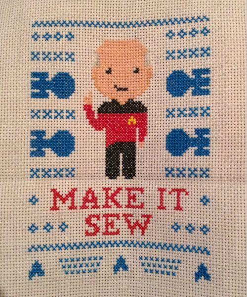 moriartykilleddumbledore:  Cross stitch for a friend's birthday :)