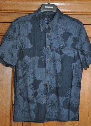 À vendre sur #vintedfrance ! http://www.vinted.fr/mode-hommes/chemises/28064544-tres-belle-chemisette-homme-t-l-tbe-marque-rip-curl