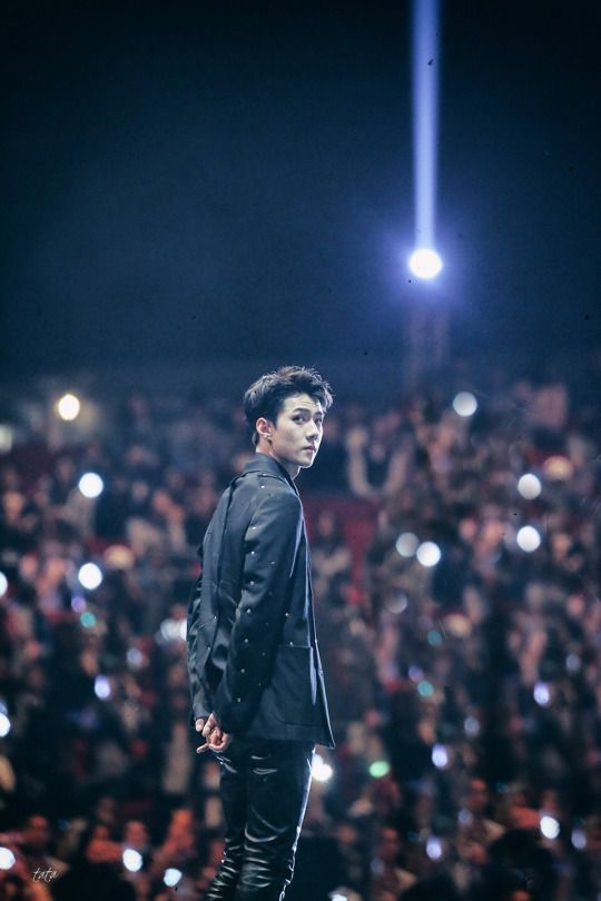Sehun in front of his fans