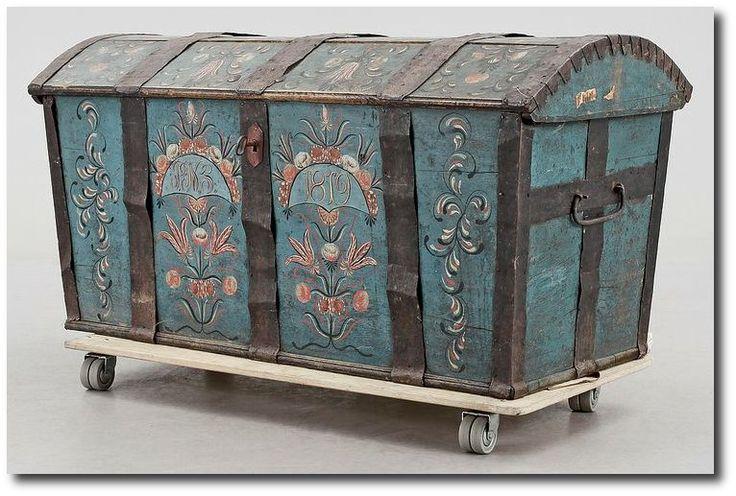 Park Art|My WordPress Blog_Swedish Folk Art Furniture
