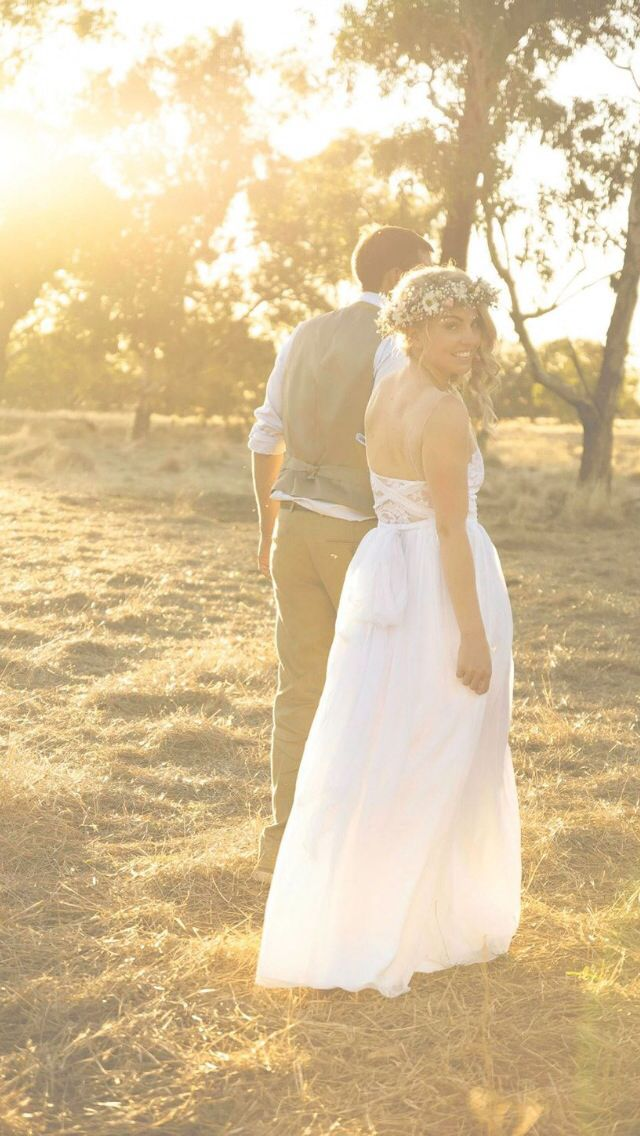 Wild and free Vintage country wedding