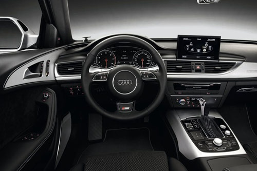 Audi A6 Avant 2.0 TDI S Line dashboard and interior