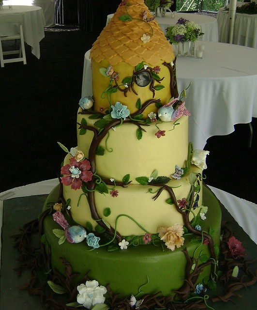 57 best Cake Decoration images on Pinterest | Anniversary cakes ...