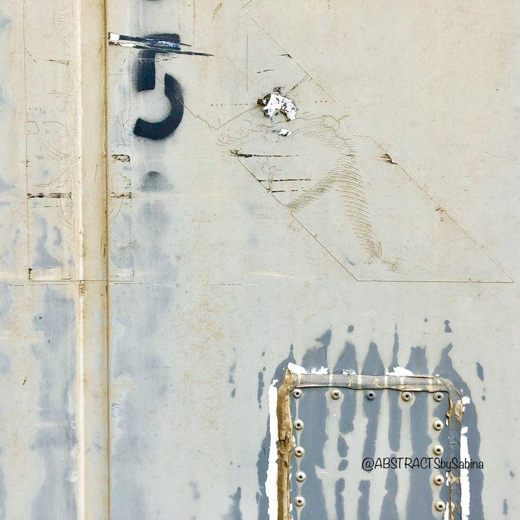 "#photography #artistlife #sabinadantonio #exploretocreate #abstractart  ""Treasure Chest""  #abstractphotography #urbanabstract #macrophotography #urbanphotography #wallfilth #accidentalart #photographicart #grunge #timeworn #wabisabi #urbanexploration #filthyfecade #abstractsbysabina"