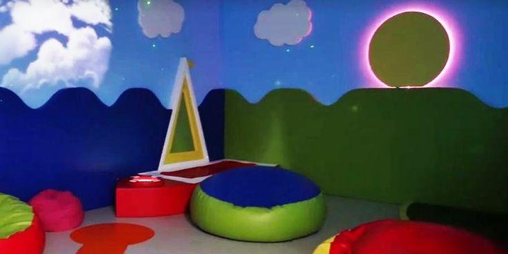 Aeroportos criam salas sensoriais para receber crianças autistas