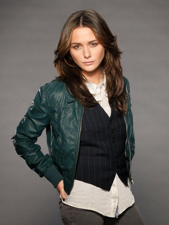Fallen Movie News! Lucinda played by Addison Timlin in the Film adaption of the book by Lauren Kate.