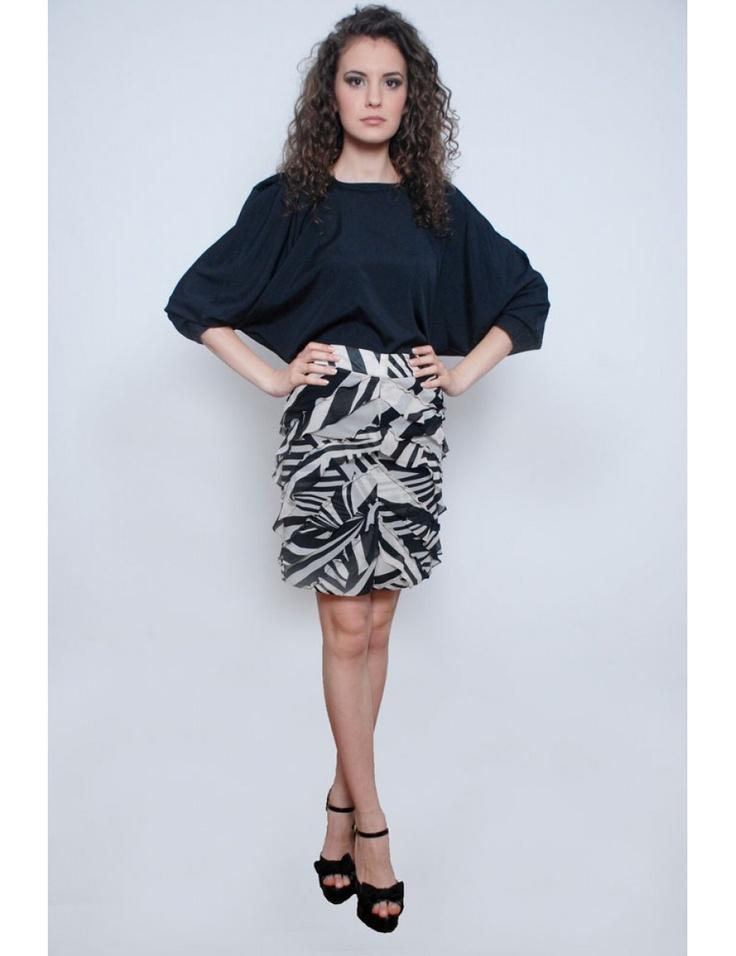 Zega Store - Fusta PNK, print zebra alb si negru - Femei, Fuste