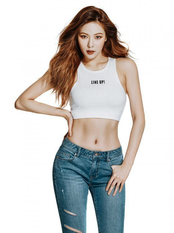 HyunA shows off her toned abs in sexy causal look for 'CLRIDE.n' | allkpop.com