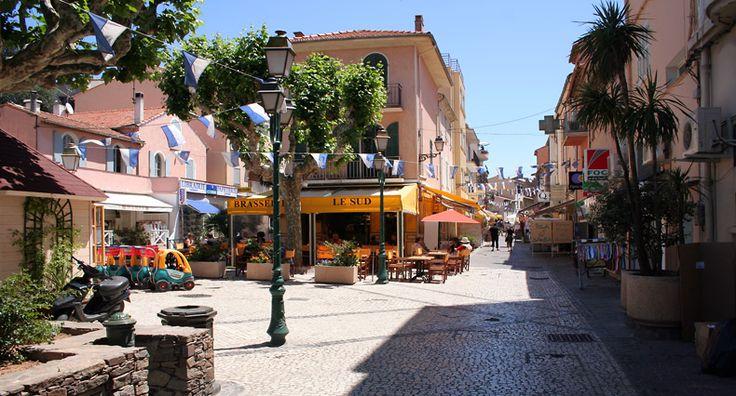 Place Louis Blanc, Sainte-Maxime - Var