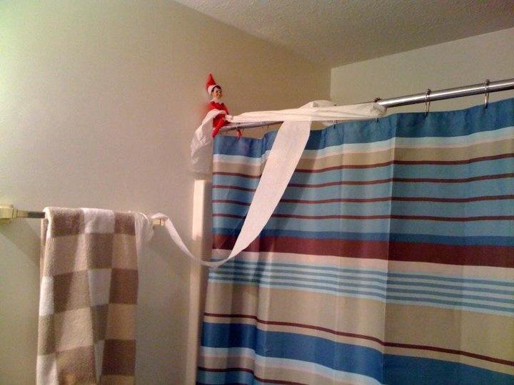 Elf on the shelf: Shelf Fun, Kids Bathroom, Cute Ideas, Shelves, Bathroom Ideas, Shower Curtains, Funny Elf, Shelf Ideas, Elf On The Shelf