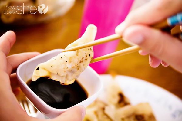 Food and Drink.  How to Make Delicious Gyozas! One of my family's favorites to make together!: Easy Recipe, Diy Gyozas, Delicious Gyozas, Aunt, Comment, Families, Gyozas I Ll, Favorite Food