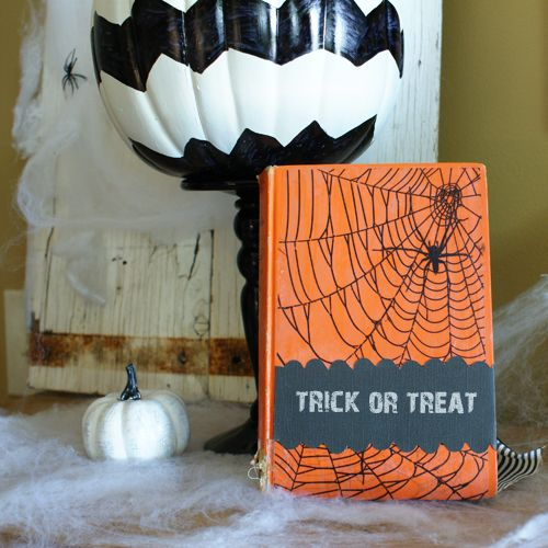 scrapbooking attitude halloween decor diy at savedbylovecreationscom scrapattitude halloween fall - Diy Halloween Projects