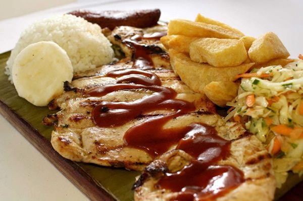 ASADOS RES, POLLO, CERDO #Gastronomia #Cali