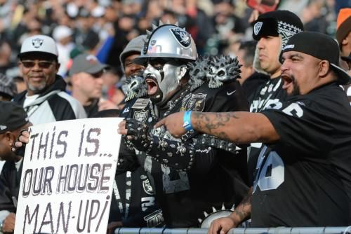 The Oakland Raiders' season tickets for the 2017 campaign have sold out despite their impending move to Las Vegas.
