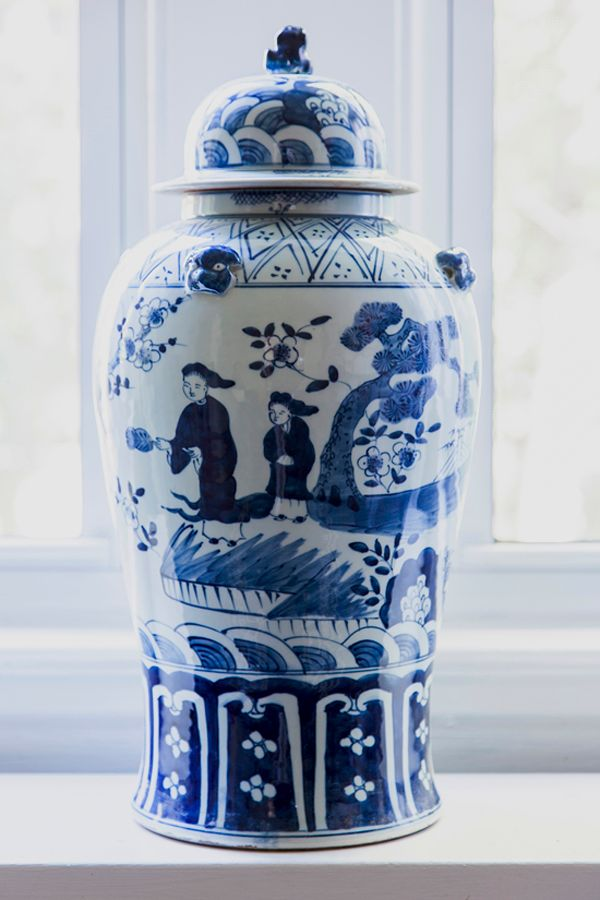 The Pink Pagoda: Blue and White Monday - temple jar - Design Manifest