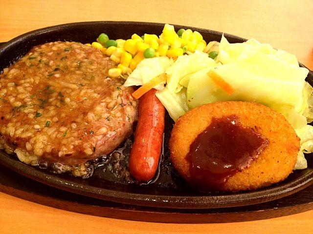 レシピとお料理がひらめくSnapDish - 30件のもぐもぐ - ハンバーグランチ&ドリンクバー by Johnny