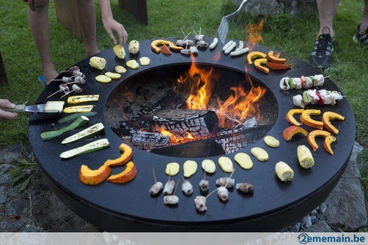 Mit Diesem Grill Ring Ist Es Nicht Nur Wegen Der Flammen Ein Abenteuer Backyard Grilling Area Outdoor Bbq Backyard Decor