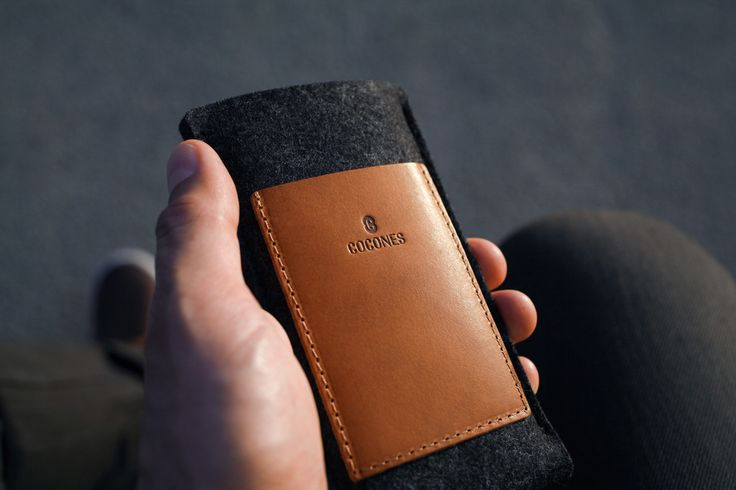 Cocones - iPhone / Android Card Wallet Sleeve - 100% Merino Wool Felt and Vegetable Tanned Leather