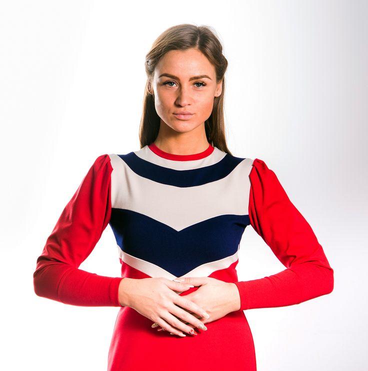 """Великолепное платье из трикотажной ткани джерси плетения """"punto milano"""" c фигурными вставками по верху, рукавом с манжетом и расклешенное к низу, украсит гардероб самой взыскательной леди. В наличии все размеры с 42 по 48 (возможен заказ пошива больших размеров). Бесплатная доставка по Москве! Заказ в viber или по телефону: +79062115541 """"О тебе расскажет твое платье...."""" #MIRAMODA #платьеизджерси #джерси #красивоеплатье #мода #стильноеплатье #модноеплатье #женскаяодежда…"""
