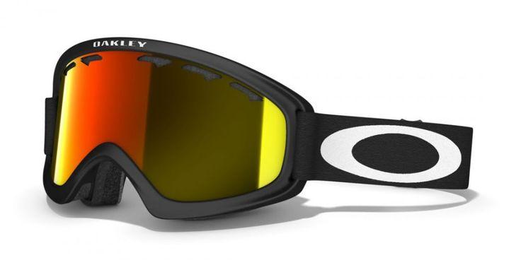 OAKLEY O2 XS MATTE BLACK női síszemüveg. Snowboard szemüveg mely a kisebb méretű arcokhoz illeszkedik. A csökkentett koponya geometria kisebb fejekhez lett igazítva.   Ütés és karc álló Lexan® lencse biztosítja a tökéletes látást! KATTINTS IDE!