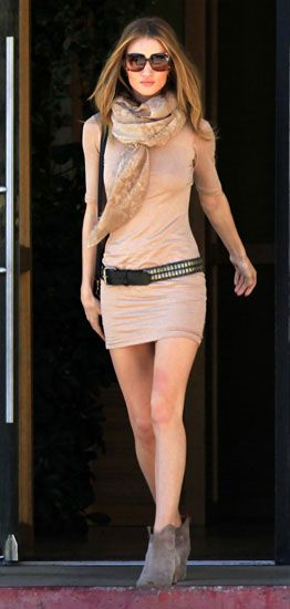 Rosie Huntington-Whiteley in neutral bodycon dress