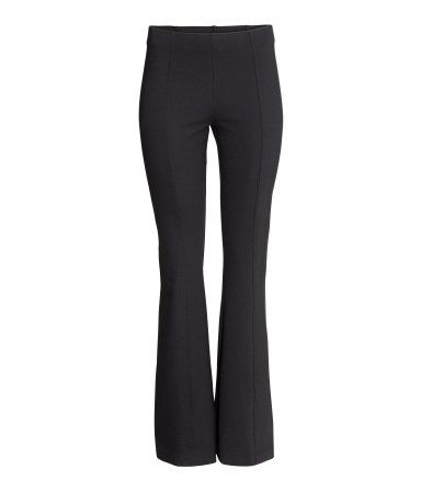Jazz pants in thick jersey with a decorative seam at front and back and an elasticized waistband.