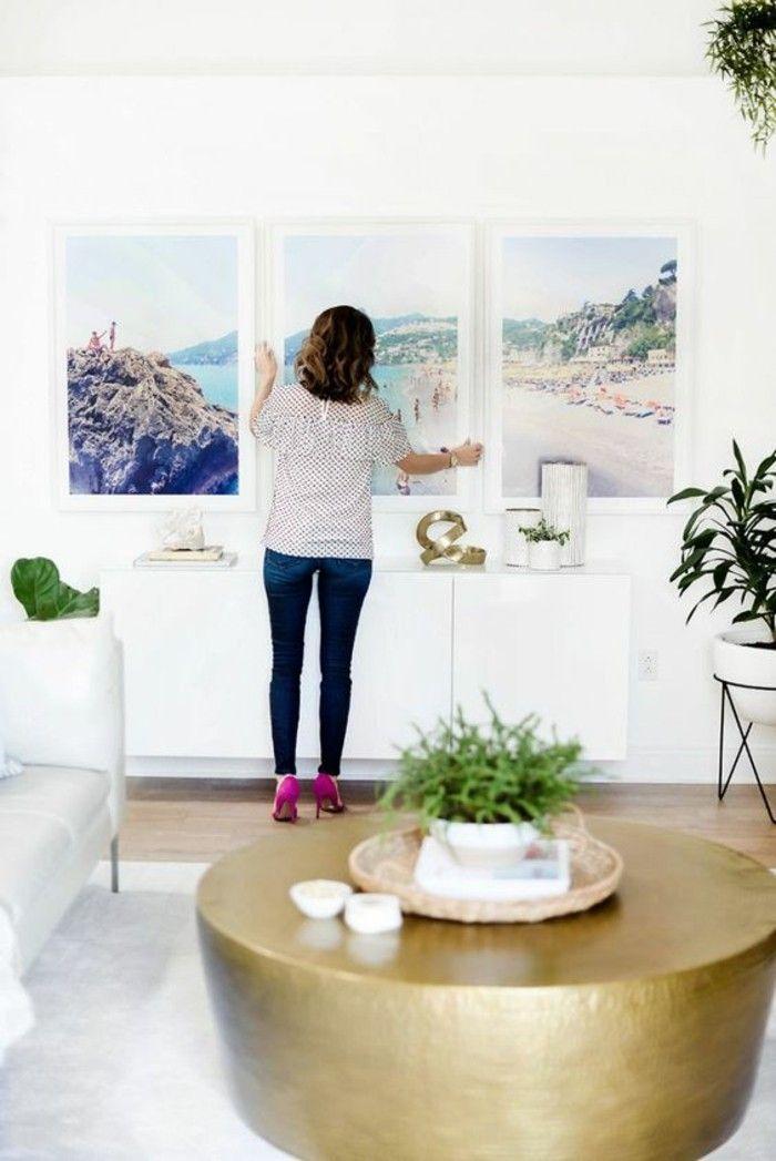 Wandgestaltung Und Wanddeko Ideen Mit Kunstvollen Bildern #wohnzimmer #wand  #wandbemalung #kissen #
