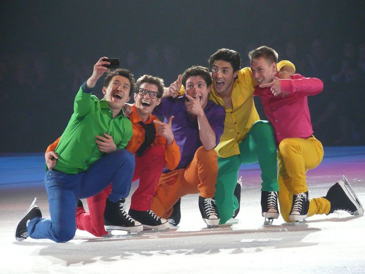 ohtheseskaters:  P1000188 - Patrick Chan Jeff Buttle Scott Moir Andrew Poje Shawn Sawyer (by Donna Rutherford)