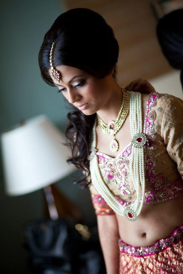 via Sonia C, Bridal Stylist, www.soniacollection.com